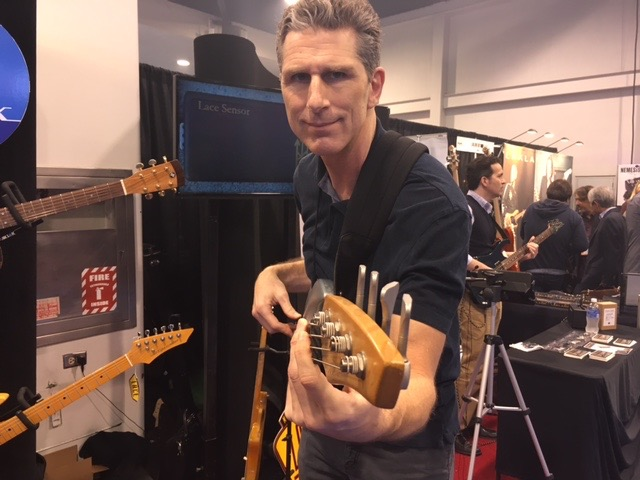NAMM 2016: Music, Mayhem and an Ergonomic Review!